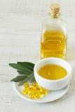 Оливковое масло для альтернативной обработки Стоковое фото RF