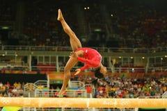 Олимпийские желчи Simone чемпиона Соединенных Штатов состязаются на выпускных экзаменах на гимнастике ` s женщин коромысла художн Стоковые Фотографии RF