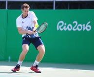 Олимпийский чемпион Andy Мюррей Великобритании на практике на Рио 2016 Олимпийских Игр на олимпийском центре тенниса Стоковое Изображение