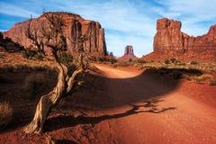 долина дороги памятника грязи стоковые изображения rf