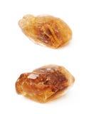Одиночный изолированный кристалл сахара утеса Стоковая Фотография RF