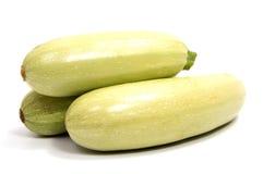 Одиночный изолированный цукини vegetable сердцевины сквоша Стоковое Изображение RF