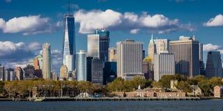 Один всемирный торговый центр, 'башня свободы', Нью-Йорк взгляд Нью-Йорка - портового района Стоковые Изображения