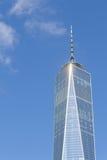 Один всемирный торговый центр в финансовом районе NYC Стоковое фото RF