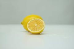 Один и половина из лимона Стоковая Фотография RF