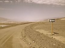 Один путь в национальном парке Death Valley Стоковое Фото