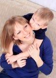 Портрет семьи матери и сынка Стоковое Изображение