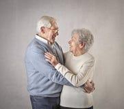 Один другого старика и женщины любящий Стоковая Фотография RF