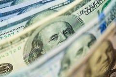 Один старый тип 100 банкнот доллара с глазами президента фокусирует Стоковая Фотография