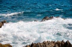 Одичалая береговая линия Аруба в Вест-Инди стоковые изображения rf