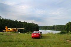Одичалое озеро в Канаде стоковая фотография rf