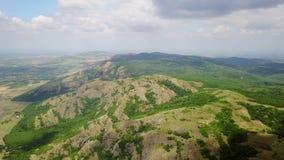 Одичалые горы Балканов лесистые акции видеоматериалы