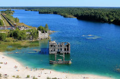 Одичалый пляж в Эстонии Стоковые Изображения