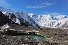 Одичалый, trekking, перемещение, tien, tengri, камни, шелк, Шань, утесы, pobeda, пик, напольный, природа, горы, альпинизм, mountai стоковые изображения