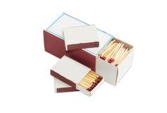 Одно большое и несколько малых matchboxes деревянных спичек безопасности Стоковые Изображения RF