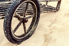 Одно винтажное деревянное колесо телеги Стоковое фото RF