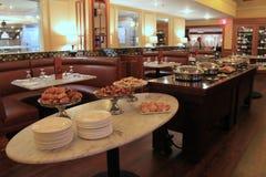Одно из ` s города большинств посещенные рестораны, установка дальше сегодня утром для завтрак-обеда, площади Нового Орлеана Asto Стоковая Фотография