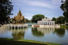 Павильон Aisawan-Dhipaya-Asana на летнем дворце Стоковая Фотография RF