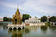 Павильон Aisawan-Dhipaya-Asana на летнем дворце Стоковое Фото