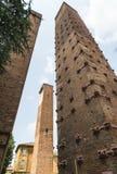 Павия (Италия): средневековые башни стоковые изображения rf
