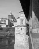 Павия, старая наблюдающ реку Стоковые Фото