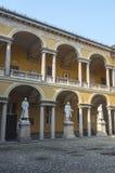 Павия, суд университета стоковые фото