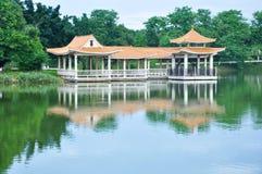 Павильон и озеро Стоковые Фото