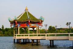 Павильон китайца реки Стоковая Фотография