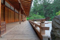 Павильон на японском саде стоковое изображение rf