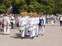 ПАВЛОВСК, РОССИЯ - 18-ОЕ ИЮЛЯ 2015: Фото барабанщиков Стоковое Фото