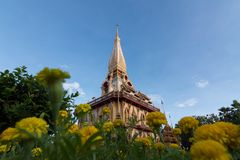 Пагода в виске Пхукете Таиланде Chalong стоковое изображение rf