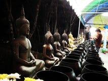 Пагода статуи Таиланда Будды Outdoors стоковая фотография