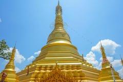Пагода Goldden в Мьянме стоковые изображения