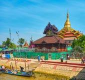 Пагода Hpaung Daw u, озеро Inle, Мьянма Стоковые Изображения RF
