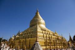 Пагода Shwezigon или Shwezigon Paya буддийский висок Стоковая Фотография