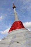 Пагода, известная для Koh Kret, малого острова расположенного в Chao Стоковые Фото