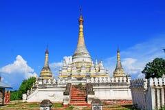 Пагода на монастыре Maha Aungmye Bonzan, Innwa, Мьянме Стоковая Фотография RF
