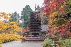 Пагода на святыне Tanzan в осени, префектуре Nara, Японии Стоковая Фотография