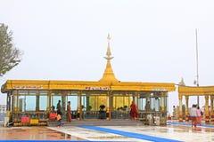 Пагода Kyaiktiyo или золотой утес, Мьянма Стоковая Фотография RF