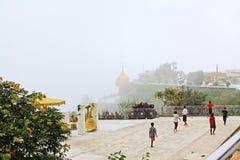 Пагода Kyaiktiyo или золотой утес, Мьянма Стоковое Фото
