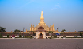 Пагода Pha то Luang Лаос PDR стоковая фотография rf