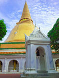 Пагода (Phra Pathom Chedi) Стоковое Изображение RF