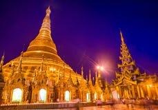 Пагода Shwedagon в Янгоне, Мьянме. стоковое изображение