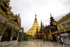 Пагода Shwegadon Стоковая Фотография