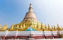 Пагода Shwemawdaw с восстановленный, Bago стоковое изображение
