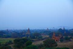 Пагоды Bagan на заходе солнца Стоковое Изображение