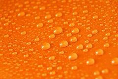 падает померанцовая вода Стоковые Фото