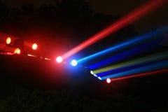 падает nightime niagara прожекторов Стоковое Изображение