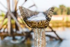 Падение воды от колеса воды Стоковое фото RF