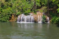 Падение воды Saiyok Стоковые Изображения RF